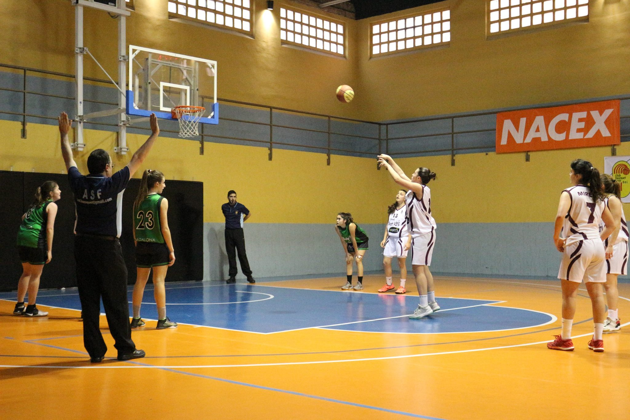 B.F. Sant Adrià vs Joventut Badalona